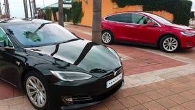 Модель s Tesla и модель x Tesla акции видеоматериалы