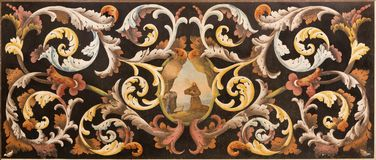 Модена - каменная флористическая мозаика с Св.ом Франциск Св. Франциск Assisi на молитве в della Pomposa Santa Maria di Chiesa це стоковая фотография rf