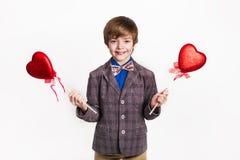 мое Валентайн Счастливый мальчик с сердцами Стоковое Изображение RF