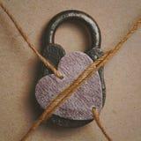Мое сердце закрыто Символическое изображение - мое сердце занятое полюбленное одно стоковые фото