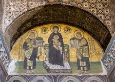 Мозаика девой марии держа Иисуса внутри Hagia Sophia Стоковое фото RF