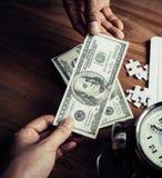 Мозаика и время часов вне для успеха дела финансового Стоковые Изображения RF