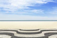 Мозаика на пляже Copacabana в Рио-де-Жанейро Стоковые Фото