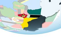 Мозамбик с флагом на глобусе иллюстрация вектора