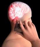 Мозг, человек с сотовым телефоном, проблемами мозга, причиной опухоли, вырожденческими заболеваниями, ` s Parkinson, стороной про бесплатная иллюстрация