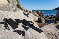 Мокрая одежда и оружие для подводного звероловства Стоковое фото RF