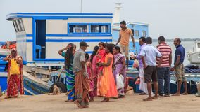 Мола и паром на виске Nainativu Nagapooshani Аммана - Джафне - Шри-Ланке стоковая фотография