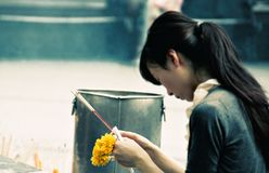 Молитва в Бангкоке стоковое фото