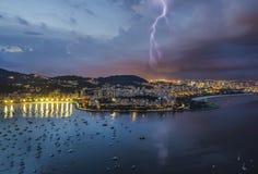 Молния в городе Рио, около хлебца сахара Стоковые Фотографии RF