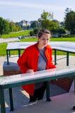 Молодая женщина в Zamosc, Польше стоковое изображение