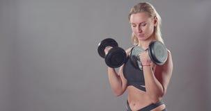 Молодая женщина фитнеса