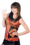 Молодая кавказская женщина показывая о'кеы стоковое фото rf