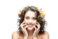 Молодая счастливая девушка брюнет Стоковое Фото