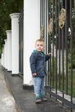 Молодой мальчик Милое белокурое Стоковая Фотография RF