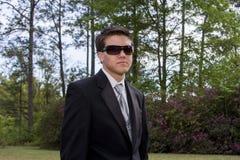 Молодой человек в смокинге Стоковая Фотография