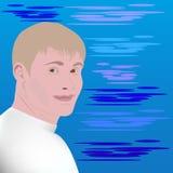 Молодой человек Люди с красивым, потеха, улыбка, смех краткость белокурых волос Море на заднем плане белизна рубашки t порт Стоковое Изображение