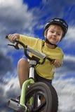 молодость безопасности велосипеда стоковое изображение rf
