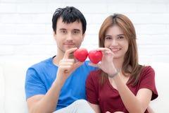 Молодые любовники счастливые в влюбленности Стоковая Фотография RF