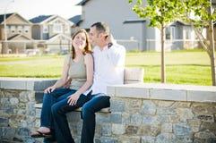Молодые пары в парке Стоковое фото RF