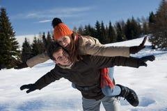 Молодые пары имея потеху Стоковое Изображение RF