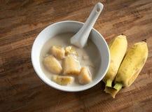 молоко кокоса банана Традиционный десерт Таиланда стоковое изображение