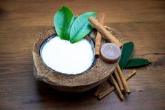 Молоко кокоса в спе Стоковые Фото