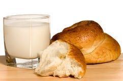 молоко плюшки Стоковое Изображение