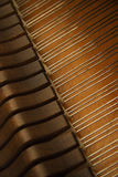 молоток внутри шнуров рояля Стоковое фото RF