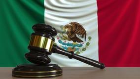Молоток и блок судьи против флага Мексики Анимация мексиканского суда схематическая сток-видео