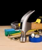 молоток конструкции другие инструменты деревянные стоковая фотография rf