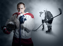 Момент игры хоккея на льде Стоковая Фотография RF