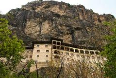 Монастырь в утесе Стоковые Изображения RF