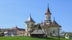 Монастырь в Mănăstirea Humorului, регионе Bucovina Румыния стоковые изображения rf