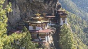 Монастырь гнезда ` s тигра королевство Бутана Стоковая Фотография