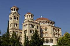 Монастырь Aghios Nektarios в острове Egine стоковые изображения rf