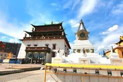 Монастырь Gandantegchinlen монастырь Тибетц-стиля буддийский в монгольской столице Ulaanbaatar, Монголии Стоковые Фото