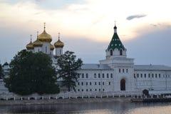Монастырь Ipatiev в Kostroma Россия стоковая фотография