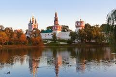 Монастырь Novodevichiy в Москве России стоковое фото rf