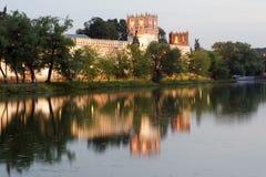 Монастырь Novodevichy (на ноче), Москва, Россия Стоковое Фото