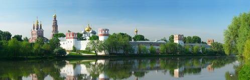 монастырь novodevichy p Стоковые Фотографии RF