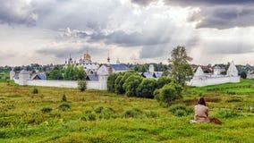 Монастырь Pokrovsky в Suzdal Россия стоковые фотографии rf