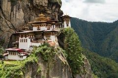 Монастырь Taktsang Palphug (также известный как гнездо тигра), Paro, Бутан Стоковые Изображения