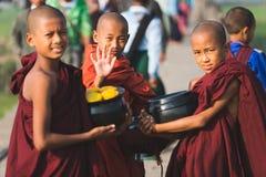 3 монаха мальчиков буддийских Стоковое Изображение RF