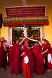 Монахи монастыря Gyuto, Dharamshala, Индии Стоковое Фото