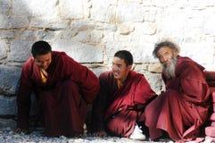 монахи тибетские стоковые фото