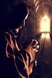 Монах на церков стоковые изображения rf