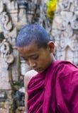Монах послушника на пагоде Мьянме Kakku Стоковое Изображение RF