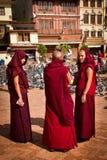 3 монашки виска Boudhanath, Катманду, Непала Стоковая Фотография
