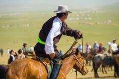 Монгольская толпить верховая лошадь ковбоя человека Стоковое Фото