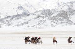 Монгол ger в горах во время фестиваля беркута Стоковое Фото